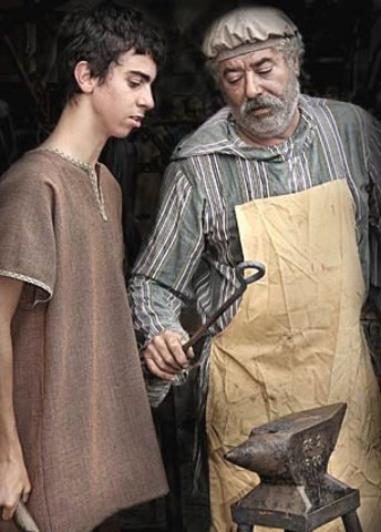 Artesanos: Instructores e inspectores (siglo IX):