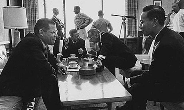 LBJ Meets With South Vietnamese Leaders