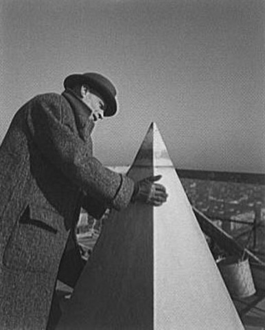 Construction of the Washinton Monument begins