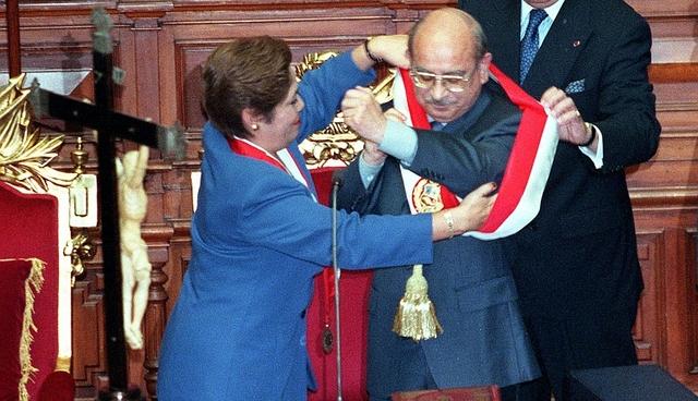 Se declara la vacancia del Presidente del Perú