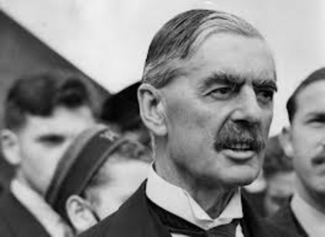 Chamberlain talked to the Soviet ambassador to London
