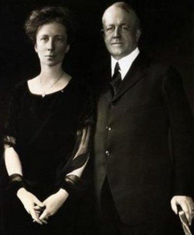 FRANK Y LILLIAN GILBRETH (1868 – 1924) (1878-1972)