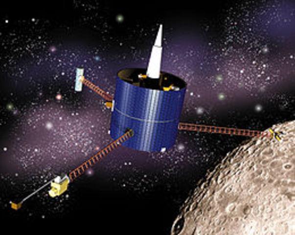 U.S. launches Lunar Prospector