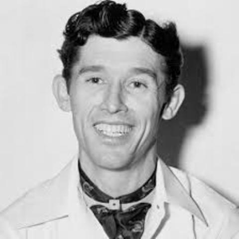 """Roy Acuff joins WSM's """"Grand Old Opry"""""""