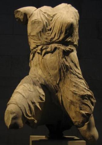 Статуя Парфенона