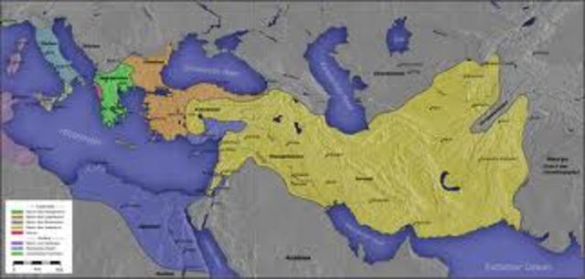 Los romanos conquistan toda Grecia.