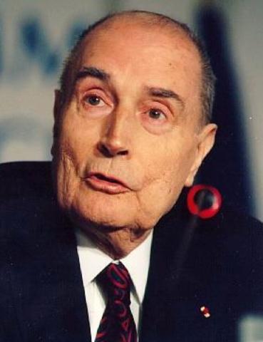 Mitterrand confiesa el atentado contra el Rainbow Warrior I