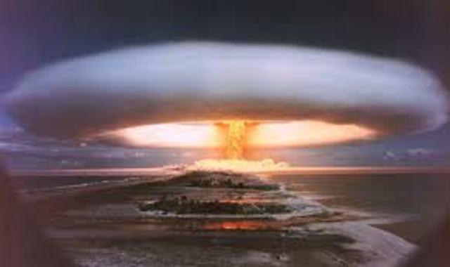 Britain tests Hydrogen Bomb