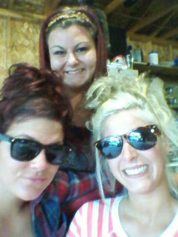Met my best friends Julie and Brandee