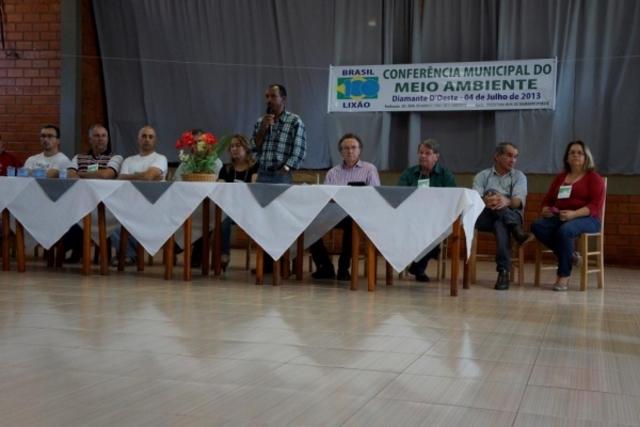 DIAMANTE D'OESTE REALIZA I CONFERÊNCIA MUNICIPAL DO MEIO AMBIENTE