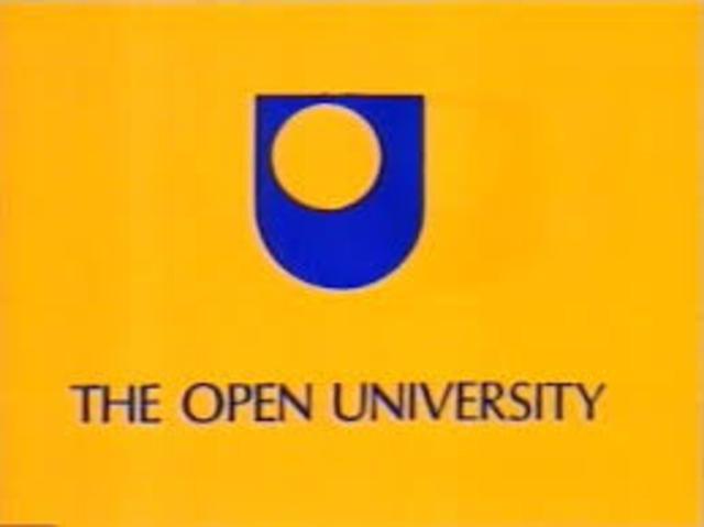 Criação da Fundação da Universidade Aberta