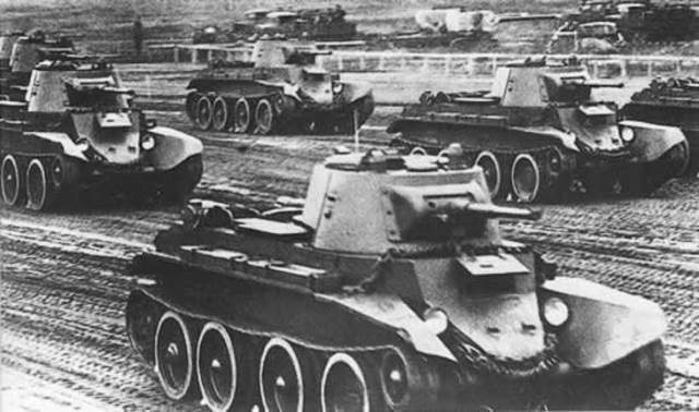 Nazi's  Advance to Soviet Union