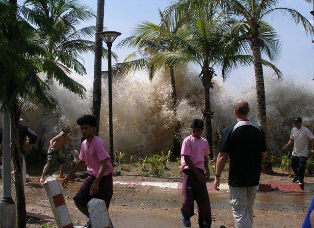 Tsunamis  no Oceano Índico