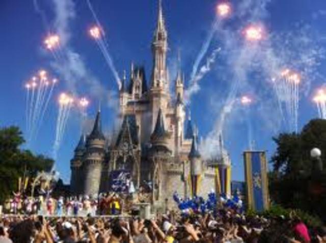 Parque Disney celebra 50