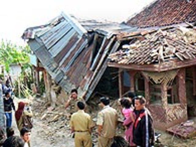 Terremoto em Java