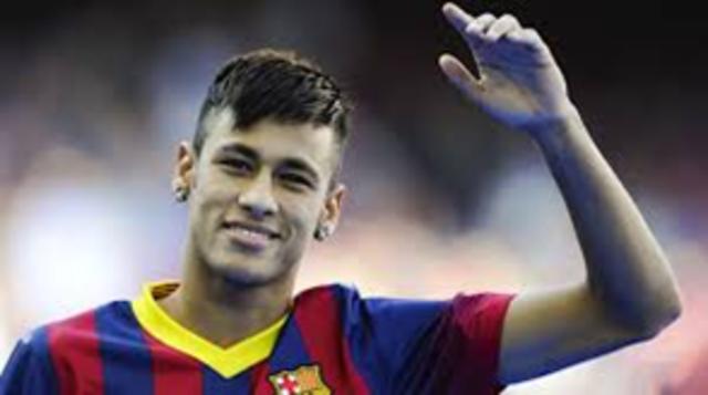 Neymar é vendido para o Barcelona por R$49 milhões