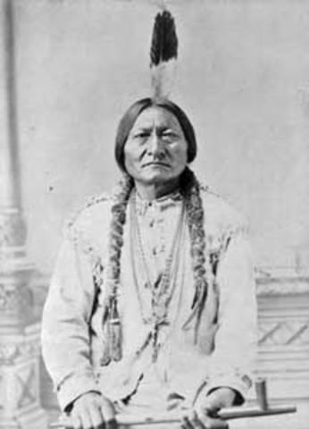 Crazy Horse, Sitting Bull, called meeting to talk