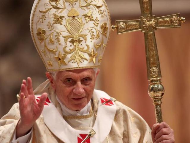Papa Bento XVI irá renunciar