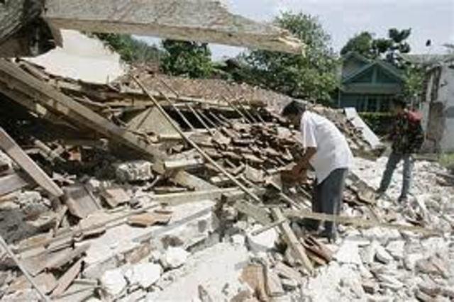 Terremoto Antinge Indonésia