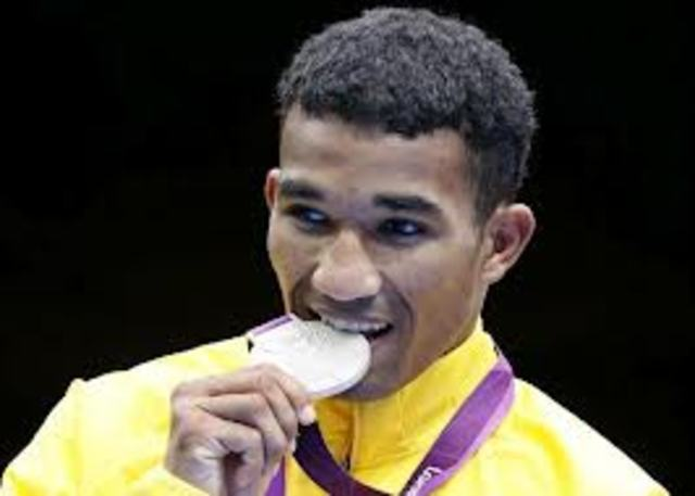 Esquiva Falcão Conquista a Primeira Medalha de Prata Para o Brasil