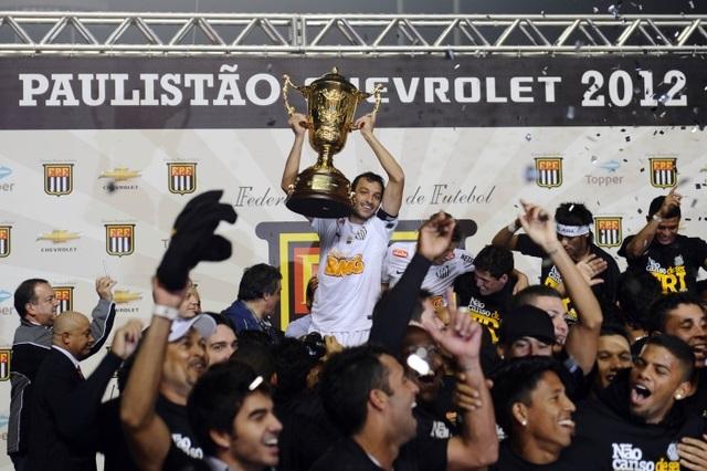 Santos de Neymar volta a fazer história em 2012