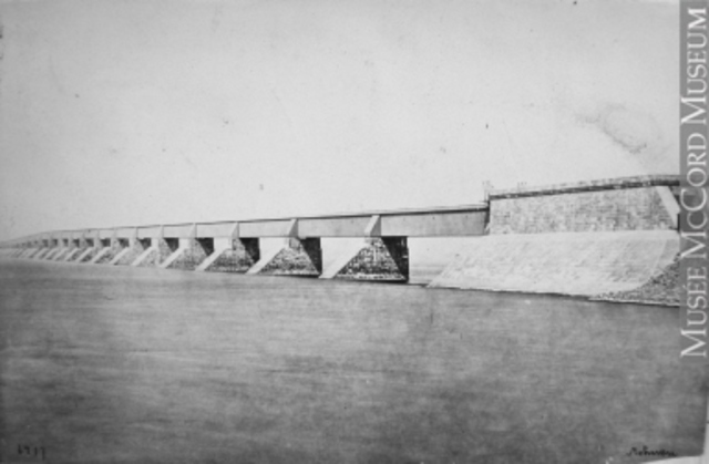 VICTORA BRIDGE