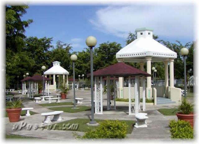 Plaza De Lajas