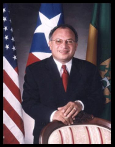 nombre del alcalde de Sabana Grande y el tiempo que lleva en la función