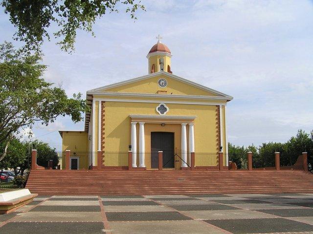 nombre de la plaza pública de Sabana Grande