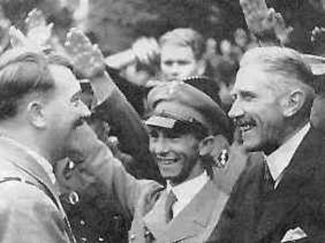 Papen Begins Talks with Hitler over the Chancellorship