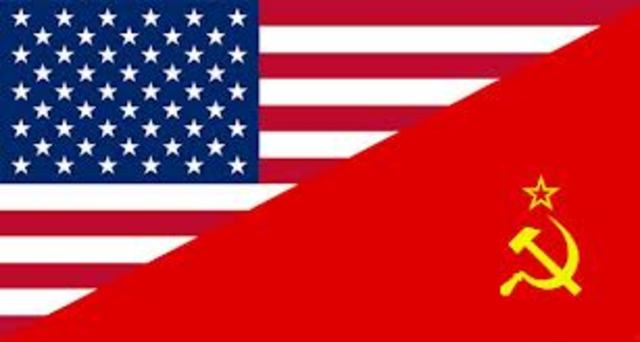 USA og Sovjetunionen startet en kald krig