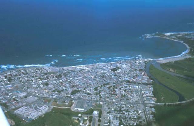 Pueblos o areas que colindan con Arecibo