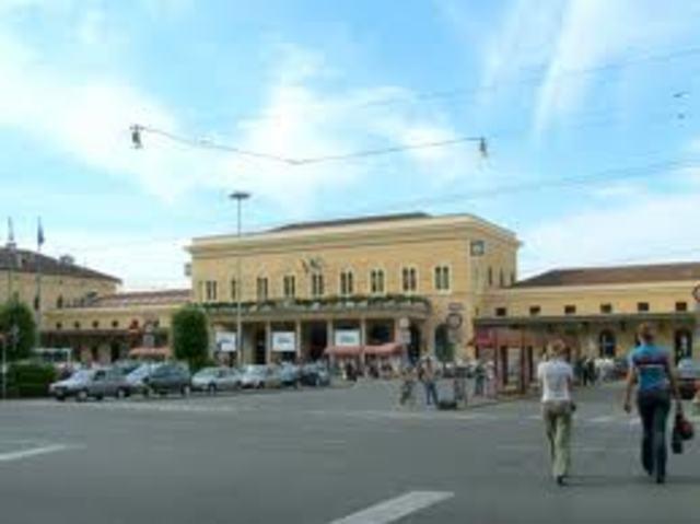 Disastro alla stazione di Bologna