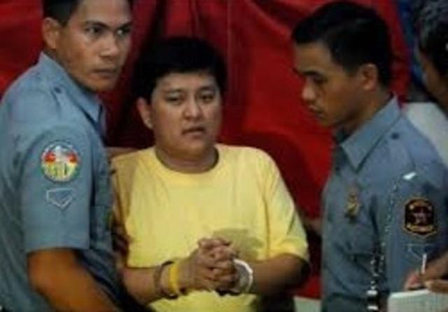 Andal Ampatuan Jr. surrenders