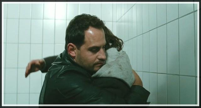 Zino Besuchts Illias in Gefängnis
