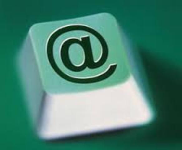 se populariza el correo electronico