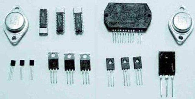 2° GENERACION - Uso de transistores