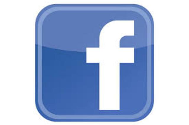 facebook tiene mas de 600millones de usuarios
