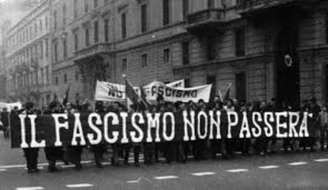 Italia sotto regima fascista...