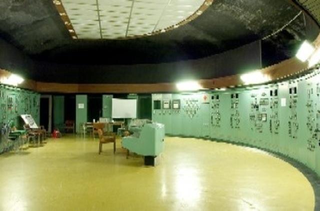 kärnkraft, sveriges försa kärnkraftverk Ångesta atomkärnkraftvärmeverk, öppmar som ett komersiellt kraftverk.