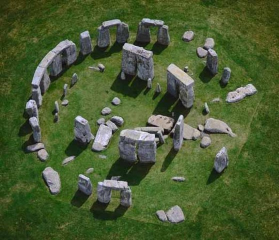 Stonehedge 3000-1800 BC