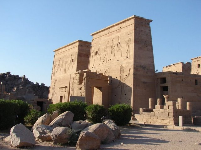 Temple os Isis
