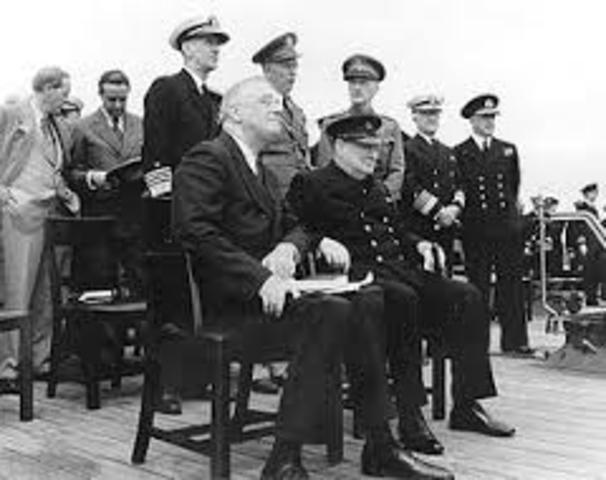 26 paesi sottoscrivono la Carta Atlantica.