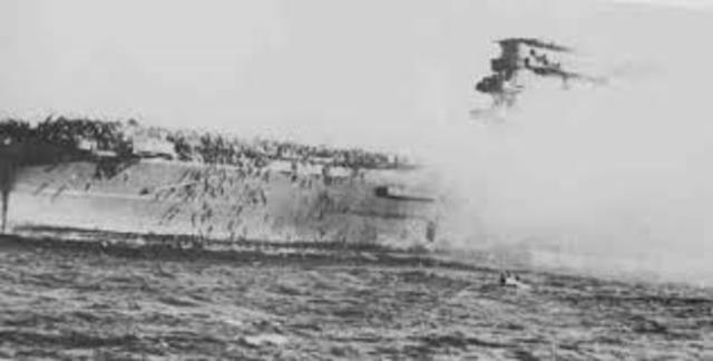 Inizia la Battaglia del mar dei Coralli.
