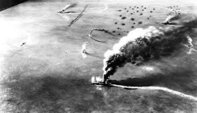 Inizia la Battaglia delle Midway.