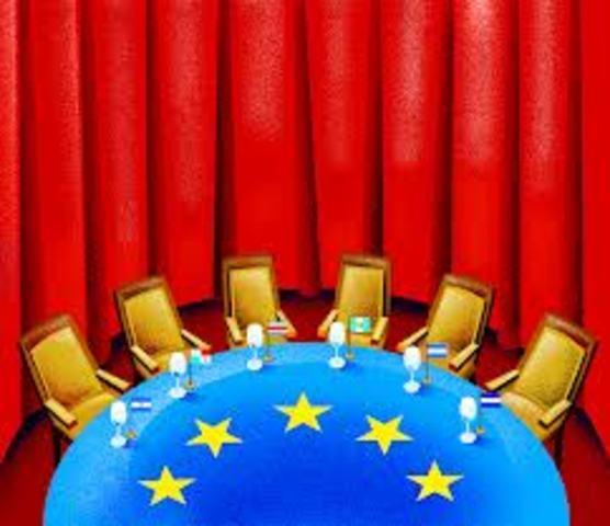 royecto de tratado para constituir una Comunidad Europea de carácter político