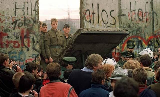 Caída del Muro de Berlín (español)
