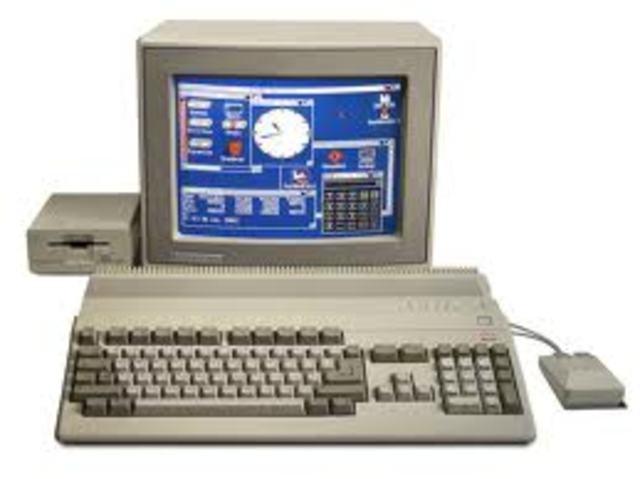la primera PC  multimedia