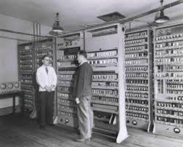 EDSAC Electronic Delayed Storage Automatic Computer