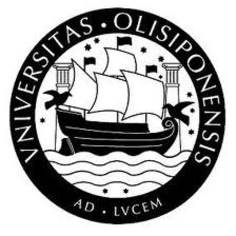 Licencia-se em Filosofia na Universidade de Lisboa.